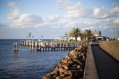 Kiama Harbour wharf